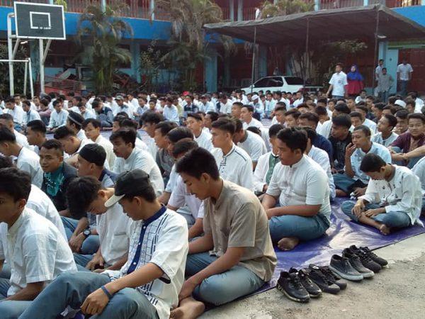 Kegiatan Istighosah Siswa SMK Tanjung Priok 1